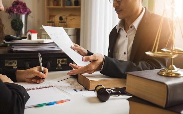 Оспаривание сделок должника при банкротстве: срок процедуры признания их недействительными конкурсным управляющим