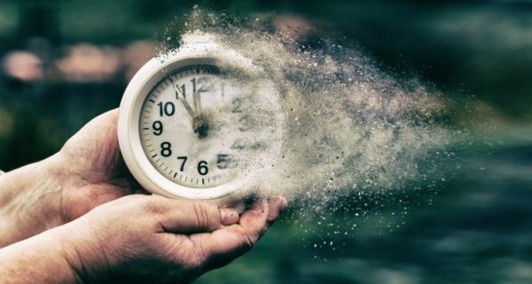 Сколько времени: месяцев и лет занимает и как долго длится процедура и дело о банкротстве физического лица, максимальный срок признания