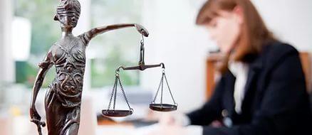 Кто такие арбитражные управляющие и чем они занимаются - их деятельность, что делают, кто ими может быть и что значит проводимая процедура арбитражного суда для лиц