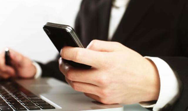 Имеют ли право коллекторы звонить родственникам должника - что делать, если раздаются постоянные звонки по долгу: достают и названивают, как избавиться в 2019-2020